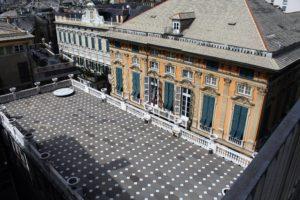02-taras-przylegajacy-do-sypialni-gian-francesco-brignole-w-palazzo-rosso-po-prawej-palazzo-bianco-fpt-jsm
