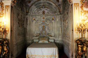 06-palazzo-rosso-rokokowa-sypialnia-gian-francesco-brignole-ii-i-jego-zony-battiny-fot-jsm