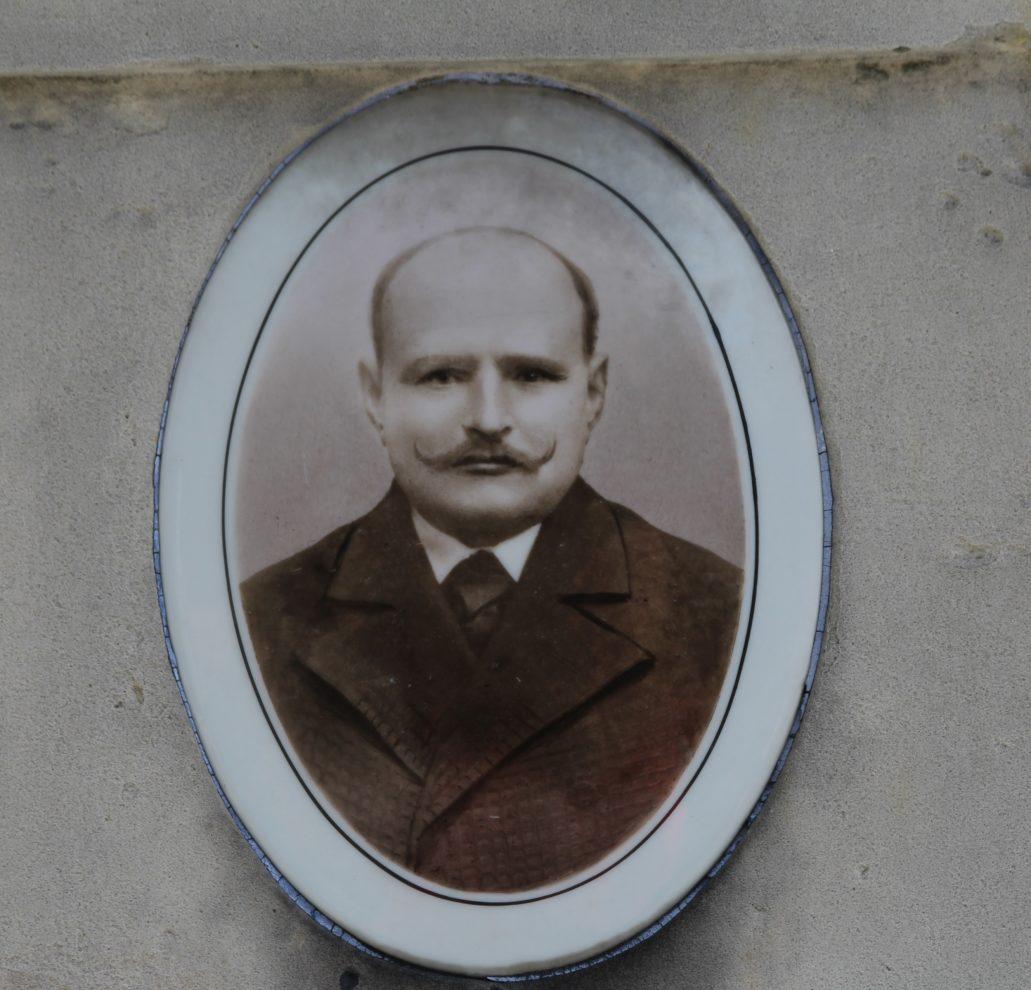 Warszawa. Cmentarz Bródnowski. 1918 r. Walery Kamiński. Fot. Jerzy S. Majewski