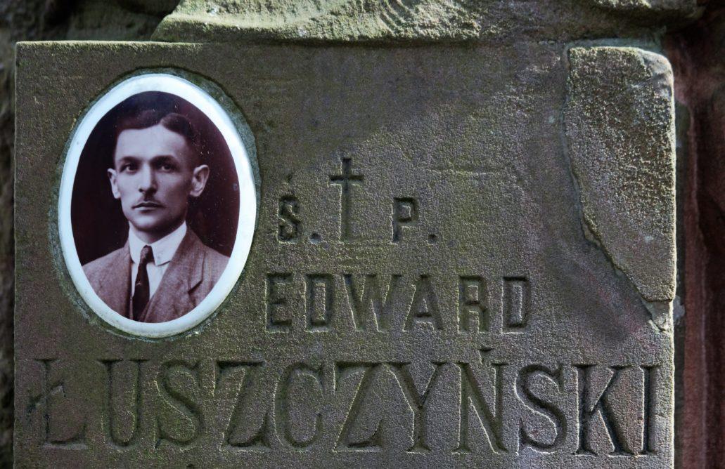 Warszawa. Cmentarz Bródnowski. 1934 r. Edward Łuszczyński. Fot. Jerzy S. Majewski