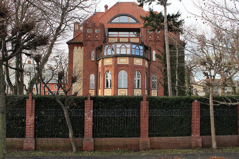 Sopot. Willa Friedricha Basnera z lat 1909-10 projektu Adolfa Bielefeldta. Fot. Jerzy S. Majewski