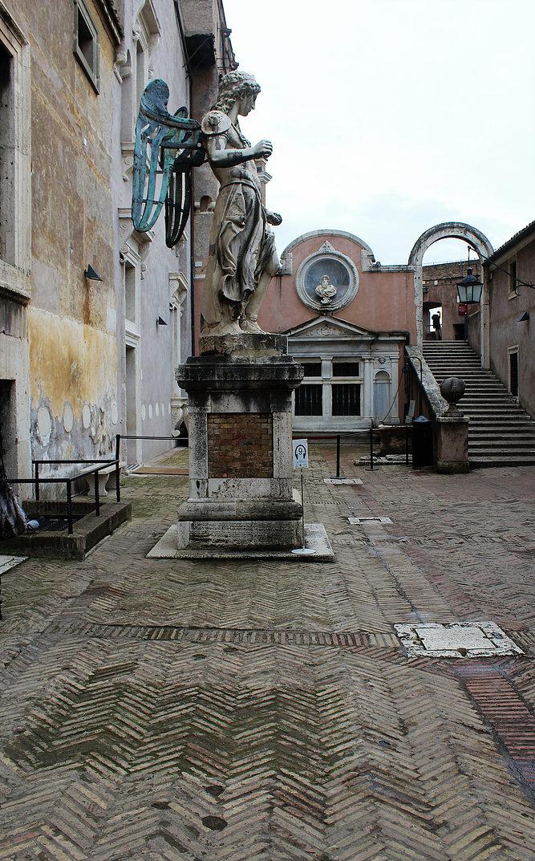 Cortile dell'Angelo. Fot. Jerzy S. Majewski