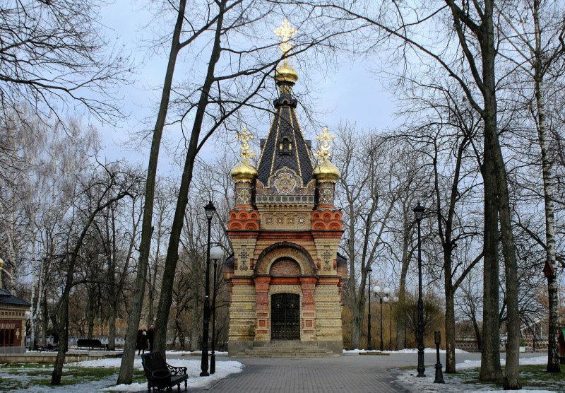 Homel. Odrestaurowana kaplica - mauzoleum Paskiewiczów. Fot. Jerzy S. Majewski