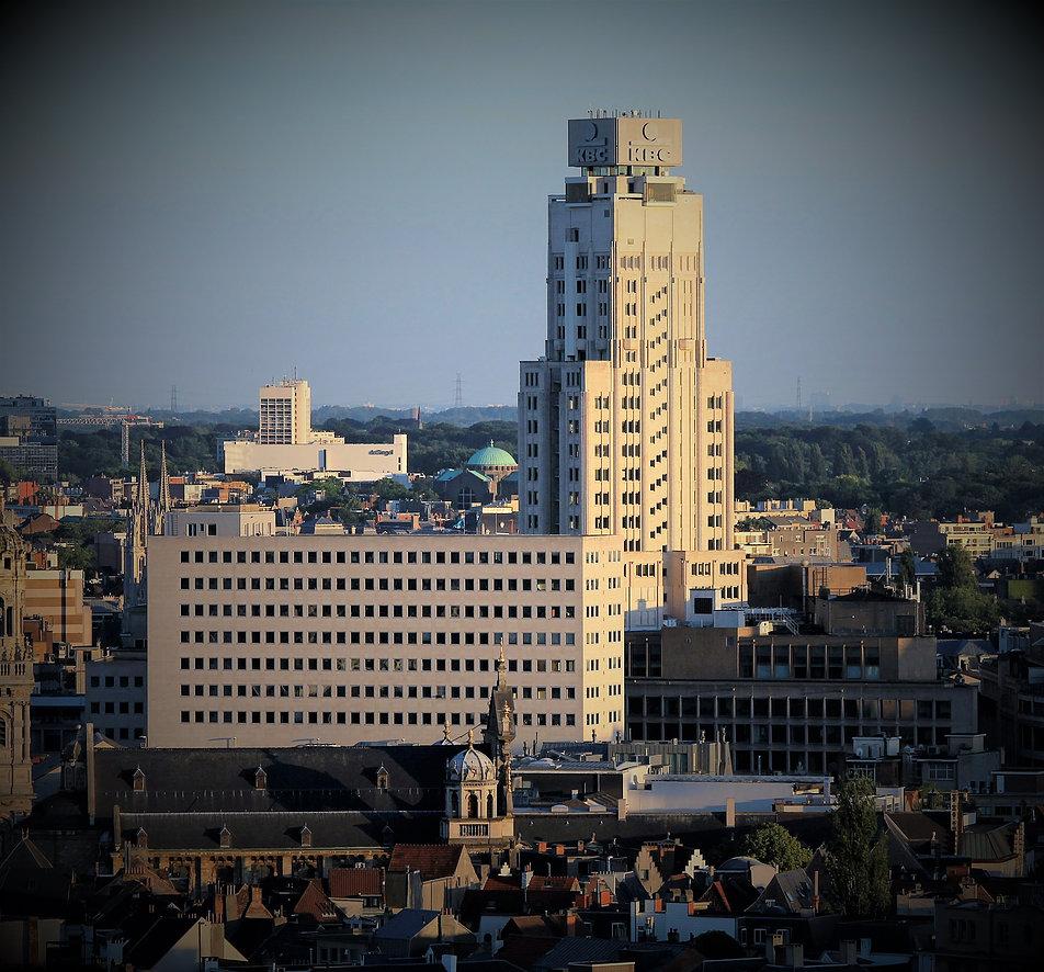 Antwerpia. Torengebouwen od strony portu. Fot. Jerzy S. Majewski
