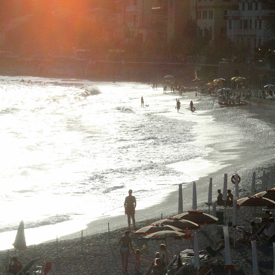 Kamienna plaża w Monterosso al Mare. Fot. Jerzy S. Majewski