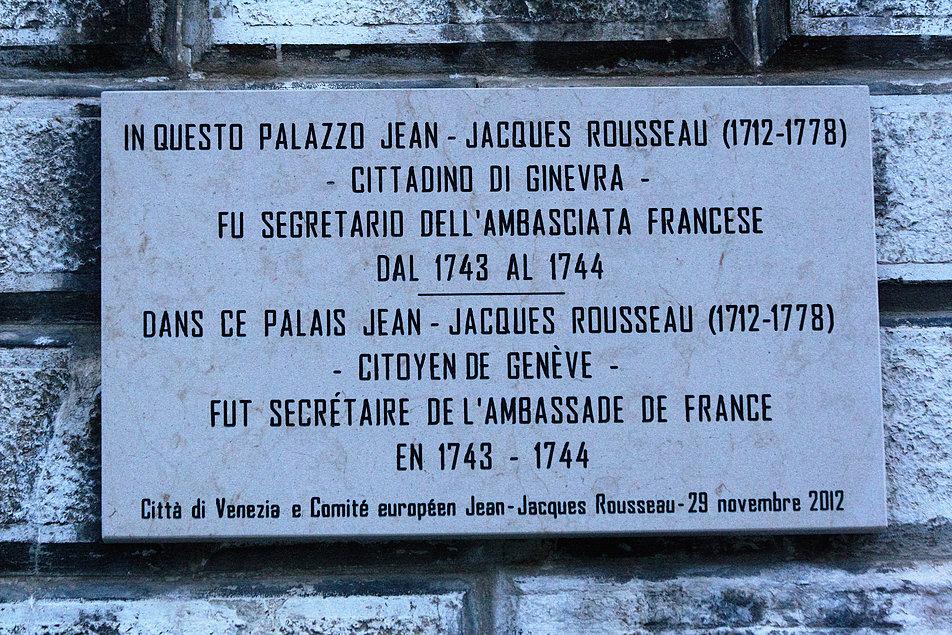 Wenecja. Tablica pamiątkowa na fasadzie pałacu Surian Belotto. Fot. Jerzy S. Majewski