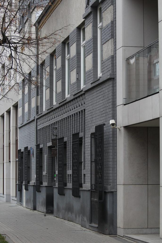 Warsaw. Warszawa. Former comb factory, 20 Chocimska street, 1920s. Image by Jerzy S. Majewski Budynek dawnej fabryki grzebieni przy Chocimskiej 20. Lata 20. XX w. Fot. Jerzy S. Majewski