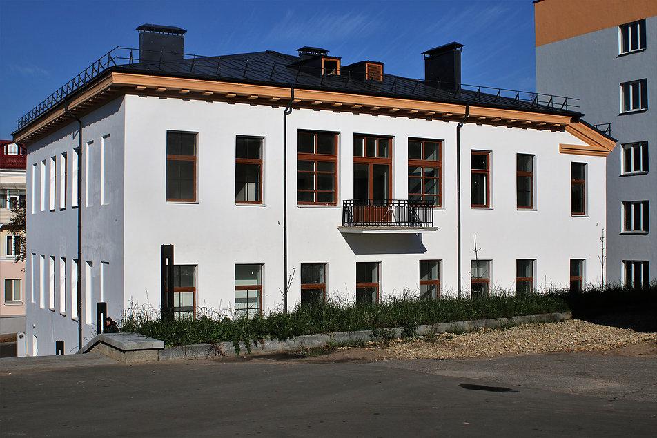 Witebsk. ul. M. Chagalla. Willa mieszcząca w latach 19219-22 Szkołę Sztuk Pięknych. Na piętrze po okna gabinetu Chagalla. Fot. Jerzy S. Majewski
